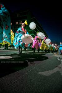 parade eldorado lille 3000 photo s9photographizm photographe événementiel lille char danse musicien mexique art point M